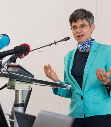 """Antwerps gouverneur verdedigt corona-aanpak: """"Als maatregelen werken en cijfers snel weer lager worden, krijg je de reactie 'waarom was dit nodig?'"""""""