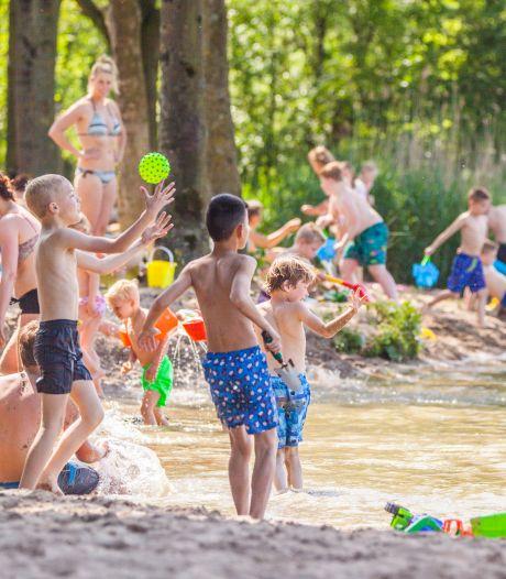 Negatief zwemadvies voor strand van Westmaas