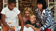 Kinderen kaften boeken tijdens Ezelsoor