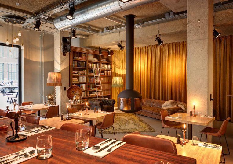 The Lobby in de Nes Beeld Stefano Pinci