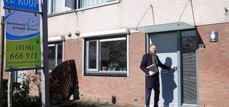 Makelaars in de Hoeksche Waard verkopen nog altijd huizen, maar sector staat wel onder druk door coronavirus