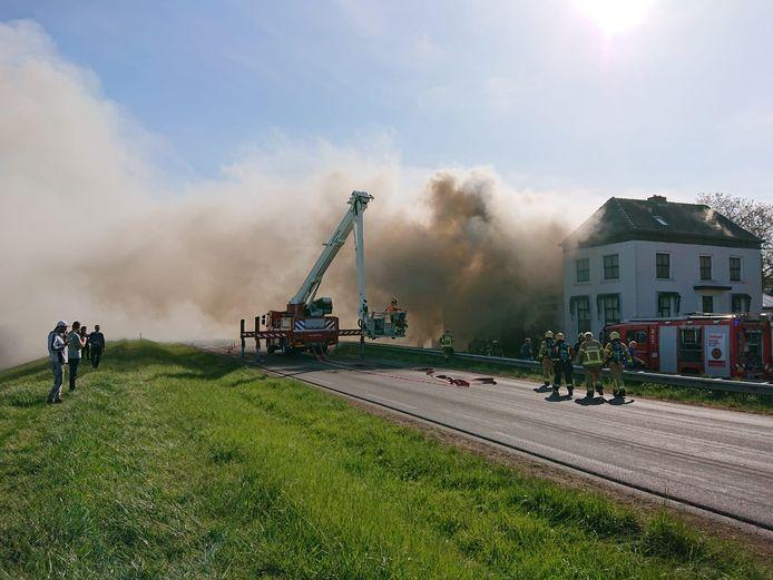 Beeld van de brand in Zutphen