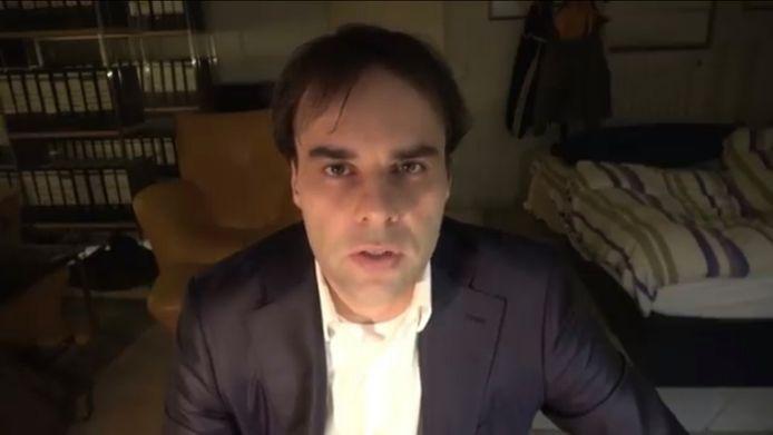 Tobias Rathjen op een youtube-video.