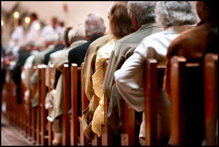 Gelovigen in de kerk. Beeld Maarten Hartman