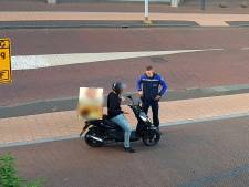 Strengere controle op scooters op fietspaden