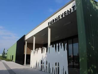 Het vaccinatiecentrum in de Westkust komt in evenementenzaal Furnevent in Veurne