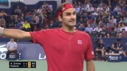 Gefrustreerde Federer sneuvelt in kwartfinale Shanghai - Goffin aast in december op enorme prijzenpot in Saoedi-Arabië