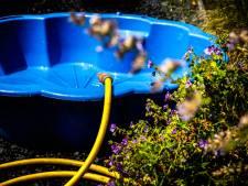 Minder water uit de kraan in Gelderland en Overijssel door extreem verbruik: 'niet sproeien en kort douchen'