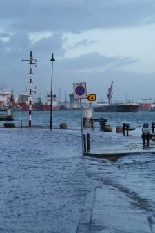 Kades Vlaardingen overstromen