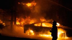 """Duitse brandweerlui geven toe: """"Zelf branden gesticht om ze te kunnen blussen"""""""