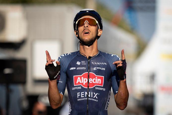 Dries De Bondt haalde het na een uitval in de laatste ronde.