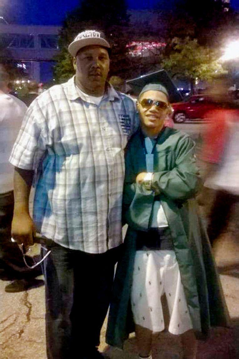 Terrill Thomas (links) en zijn zoon Terrill Barnes.