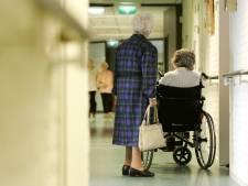 Geen besmettingen in verpleeghuizen waar versoepelde bezoekregeling werd getest