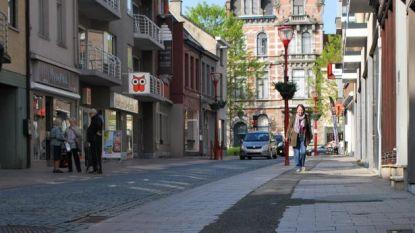 Herstellingswerken aan voetpaden in Peperstraat