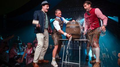 Bart De Wever drinkt weer bier