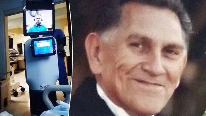 """""""We willen niet dat dit nog iemand anders overkomt"""": videorobot komt patiënt vertellen dat hij gaat sterven"""