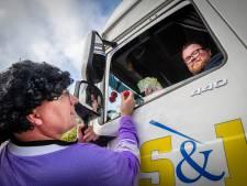 Truckers massaal aan de bingo bij wegrestaurant Mendel in Beekbergen