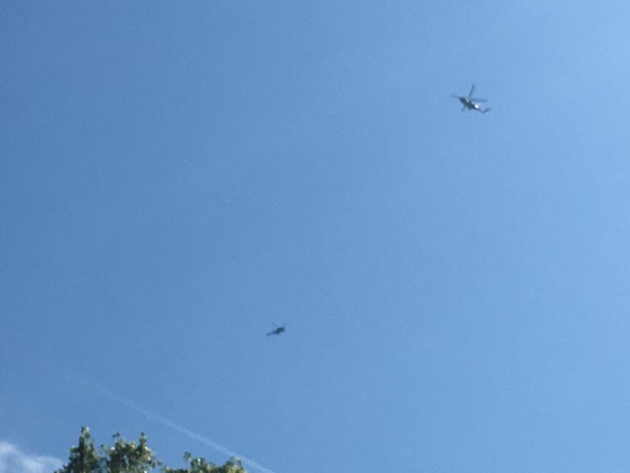 De helikopers boven Bottendaal.