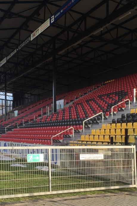 Eerste finaleduel Go Ahead Eagles op grote schermen in De Adelaarshorst