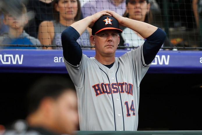 Succescoach AJ Hinch is door de Houston Astros ontslagen wegens vals spelen.
