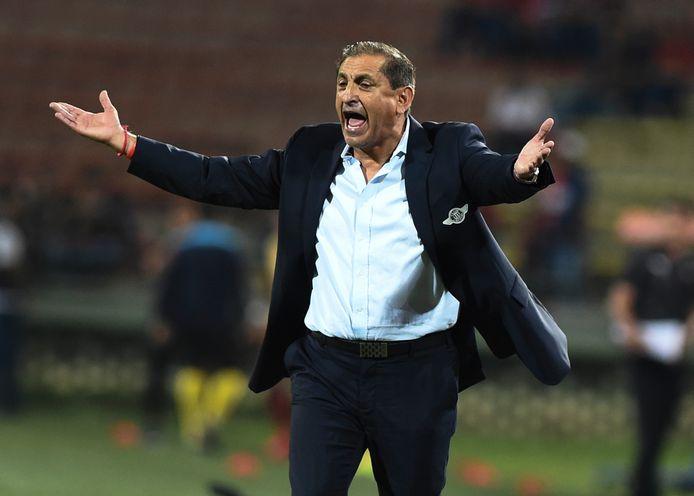 De zieke trainer Ramón Diaz is bij Botafogo ontslagen terwijl hij nog geen wedstrijd op de bank zat.