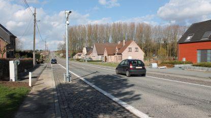 Agentschap Wegen en Verkeer vernieuwt fietspadverharding op de Steenweg Asse (N285)