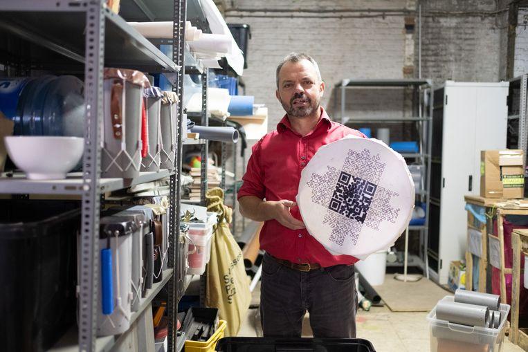 Een Mechels voorbeeld van circulaire economie uit het archief in De Potterij: Jos Maes maakt instrumenten met gerecycleerd materiaal.