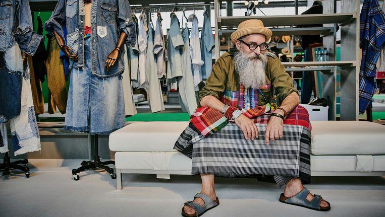 De Zwitserse trendvoorspeller, kleermaker en 'ambassadeur van de mannenrok' Gerold Brenner. Foto Reinier rvda Beeld Reinier RVDA