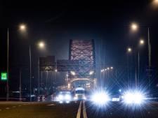 Verkeersellende Waalbrug valt mee op eerste dag renovatie