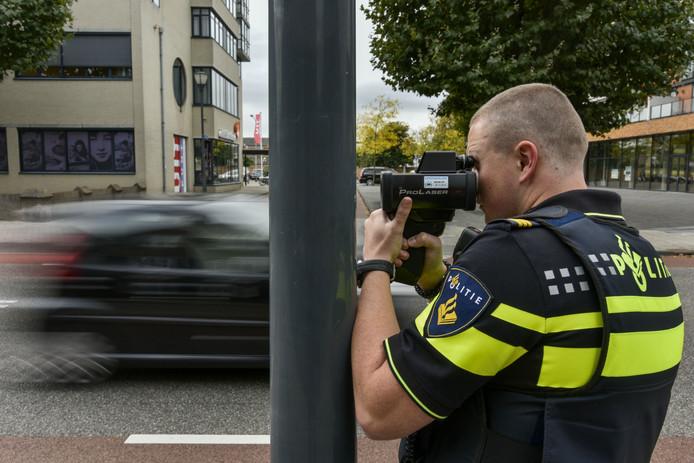 De politie in Waalwijk in het kader van Rent a Cop.