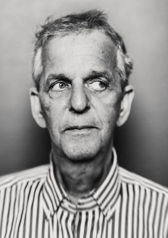 Oud-politieagent Amsterdammer Frans van Gelderen overleed vorige week. Hij was 41 jaar politieman en vertelt over zijn undercoverervaringen.
