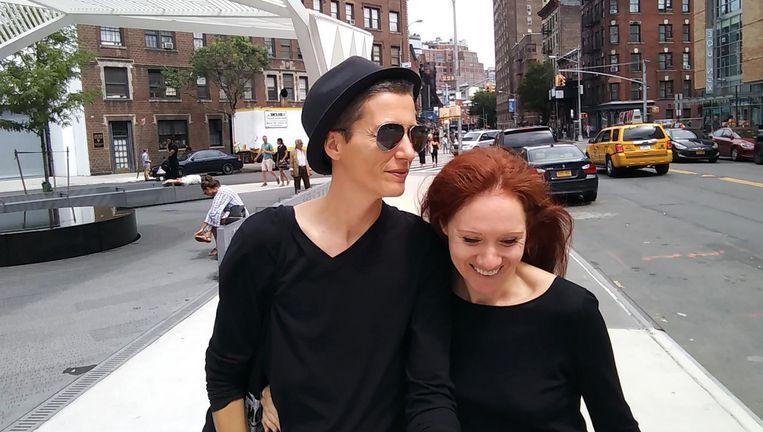 Kunstenaarsduo Julian P. Boom (l) en Fleur Pierets (r) in New York. Beeld Project 22
