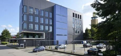'Onverkoopbaar' voormalig politiebureau in Leiderdorp zal nu worden geveild