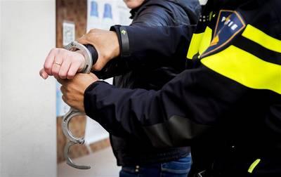 Drugsverdachten aangehouden na achtervolging in Breda