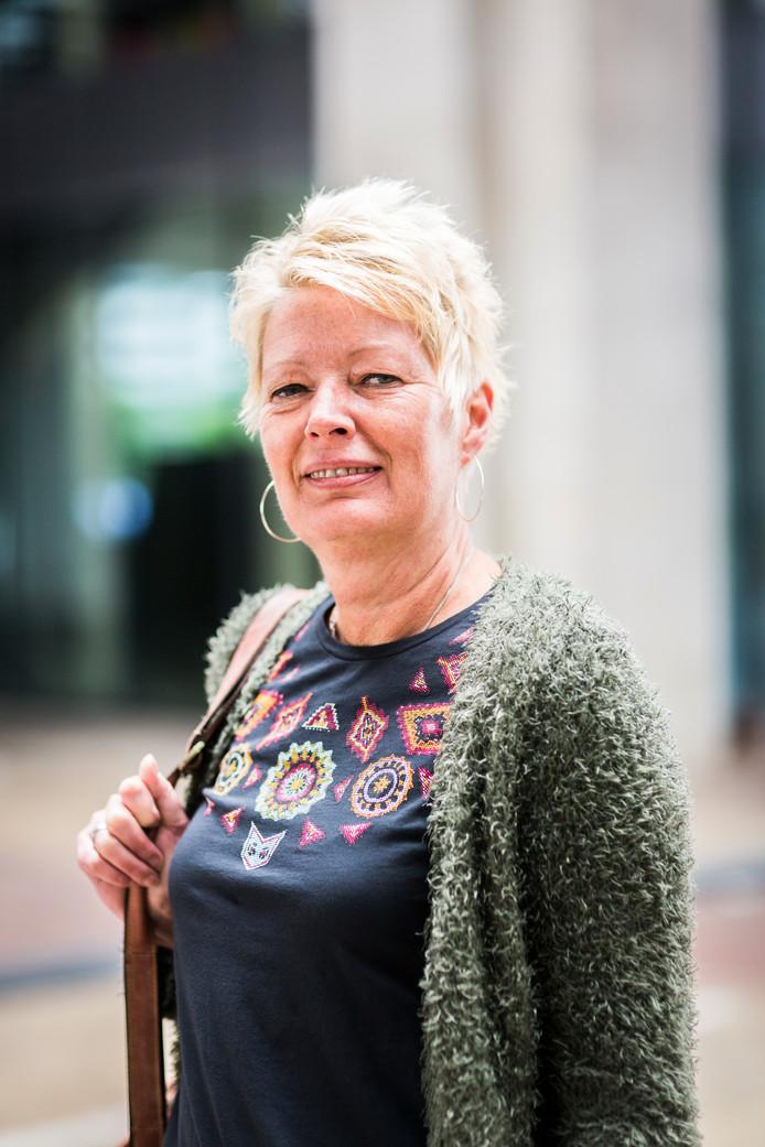 Ursula Hansen (51)