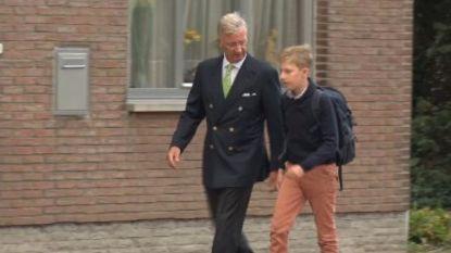 Het is voor iedereen de eerste schooldag: koning Filip brengt prins Emmanuel naar school