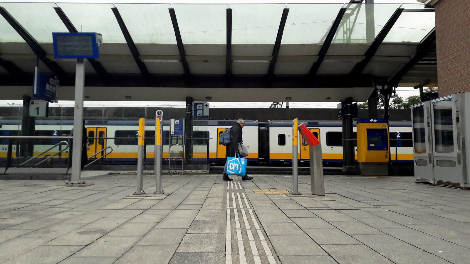 Station Apeldoorn is nu nog zeer toegankelijk, met name bij perron 1.