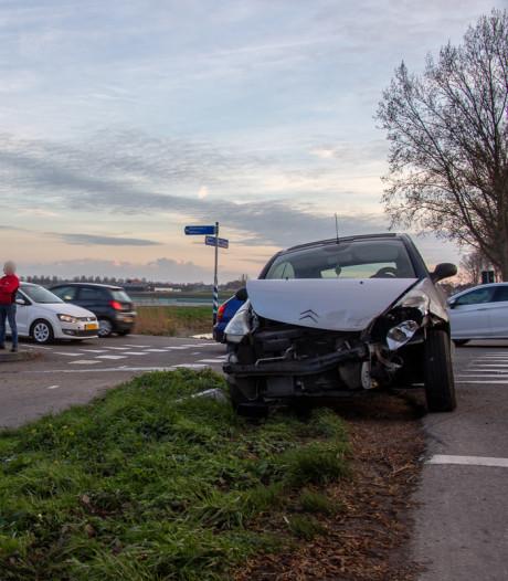 Bestuurder onder invloed aangehouden na ongeluk in De Hoef