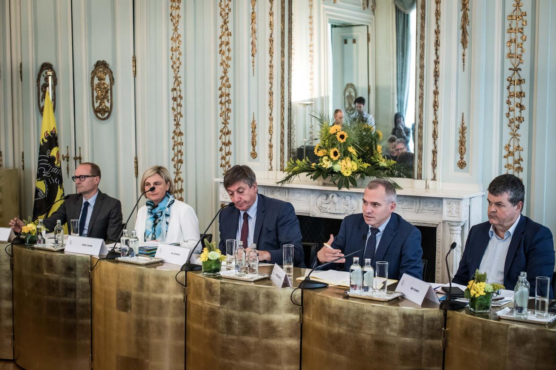 Voorstelling van de Vlaamse begroting door de regering-Jambon I.