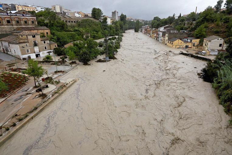 De rivier Clariano is buiten haar oevers getreden.