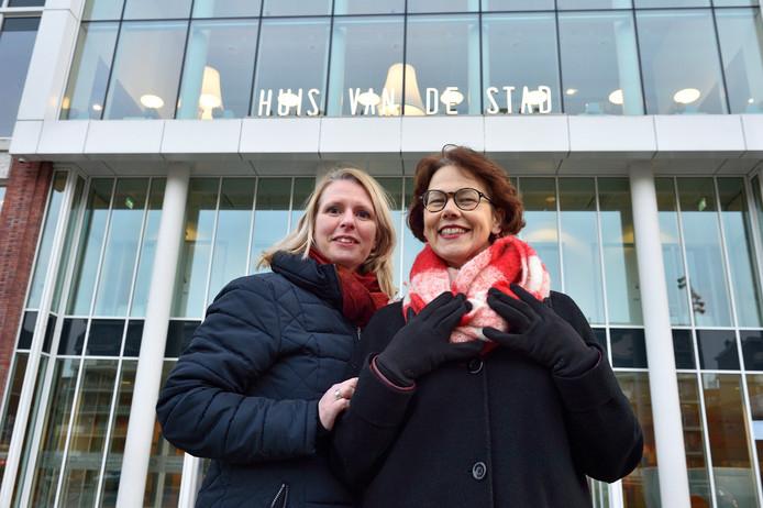 Mieke Kars en Annemiek Mul: ,,Ook de opvolger van burgemeester Mirjam Salet moet een vrouw zijn.''