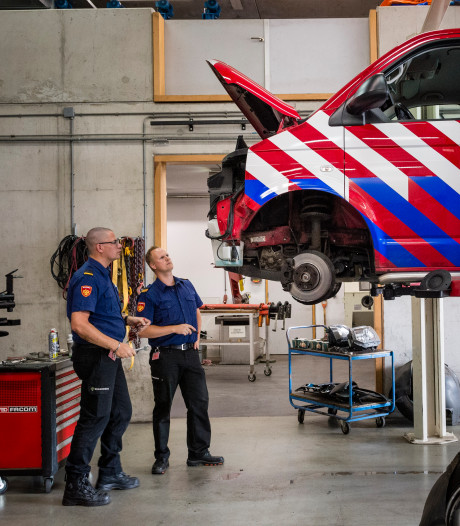 Verboden toegang: de garage van Brandweer Twente