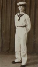 De 17-jarige Henk Kleijn als marinier in opleiding.