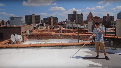 New York verft 550 vierkante kilometer daken wit om de hitte te bestrijden. Werkt dat ook?