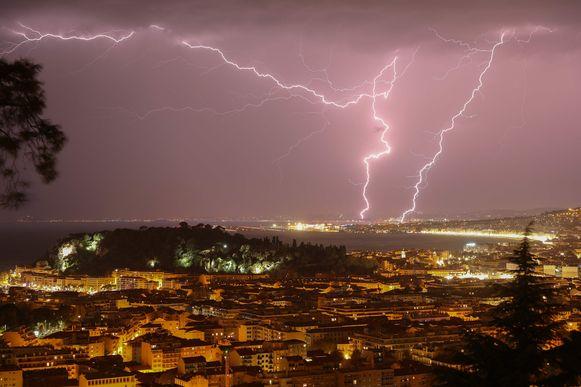 Onweer boven Nice vannacht.