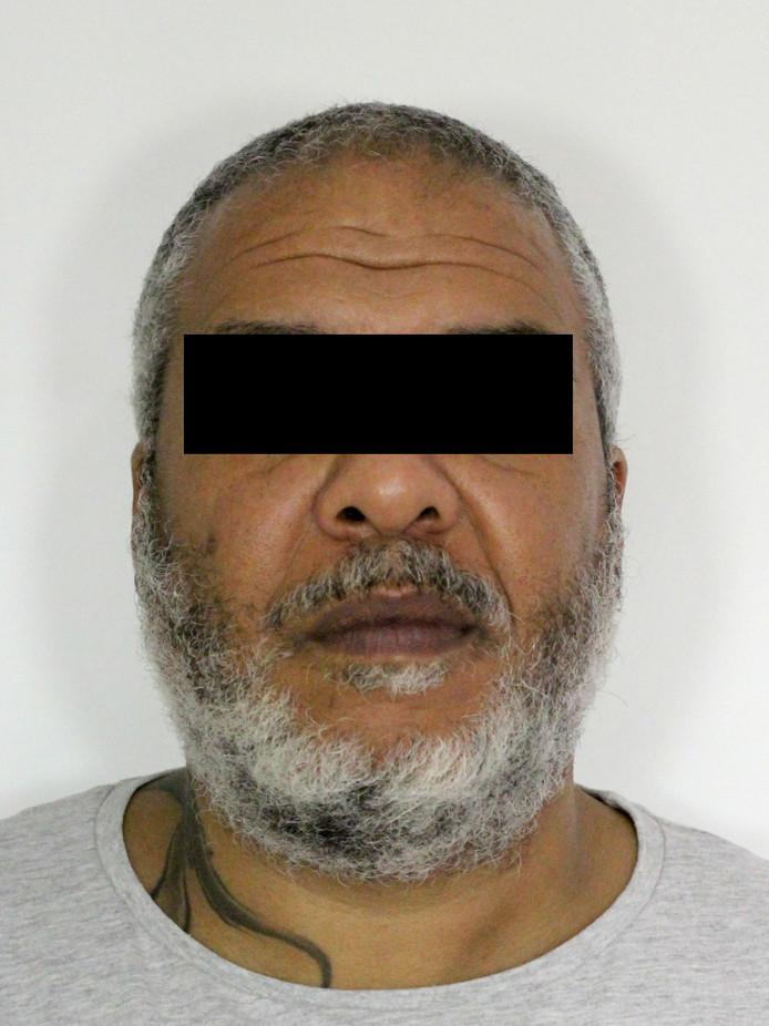 Joao da S. wordt gezocht door de politie voor een ontvoeringszaak in Eindhoven. Mogelijk verblijft hij in Flevoland.