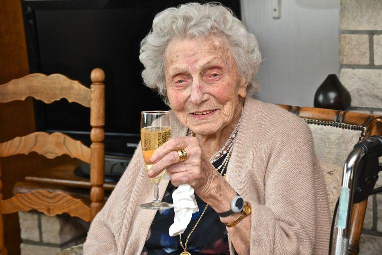 Camilla Vanwaeyenberge vierde op 29 december haar 103de verjaardag.