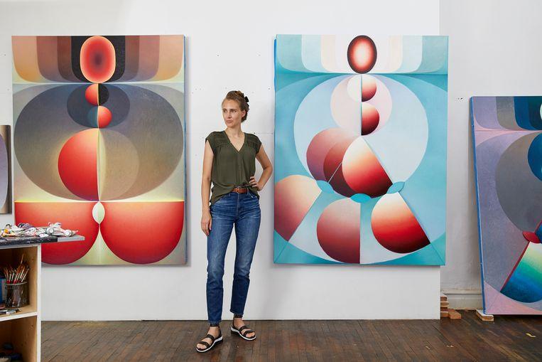 Kunstenaar Loie Hollowell in haar studio. Beeld Melissa Goodwin