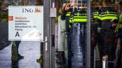 Wéér aanval met bombrief: explosie in ING-kantoor in Amsterdam