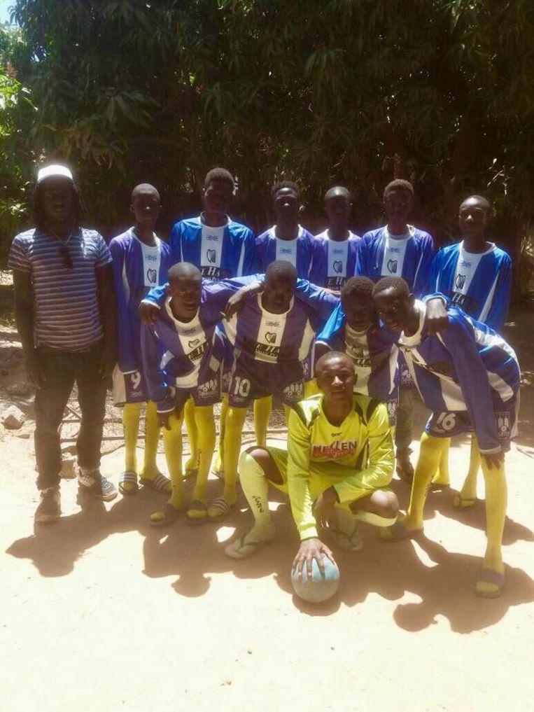 In het verleden schonk SKS Herentals al meerdere malen via Make Gambia Smile outfits aan Gambiaanse voetbalteams.